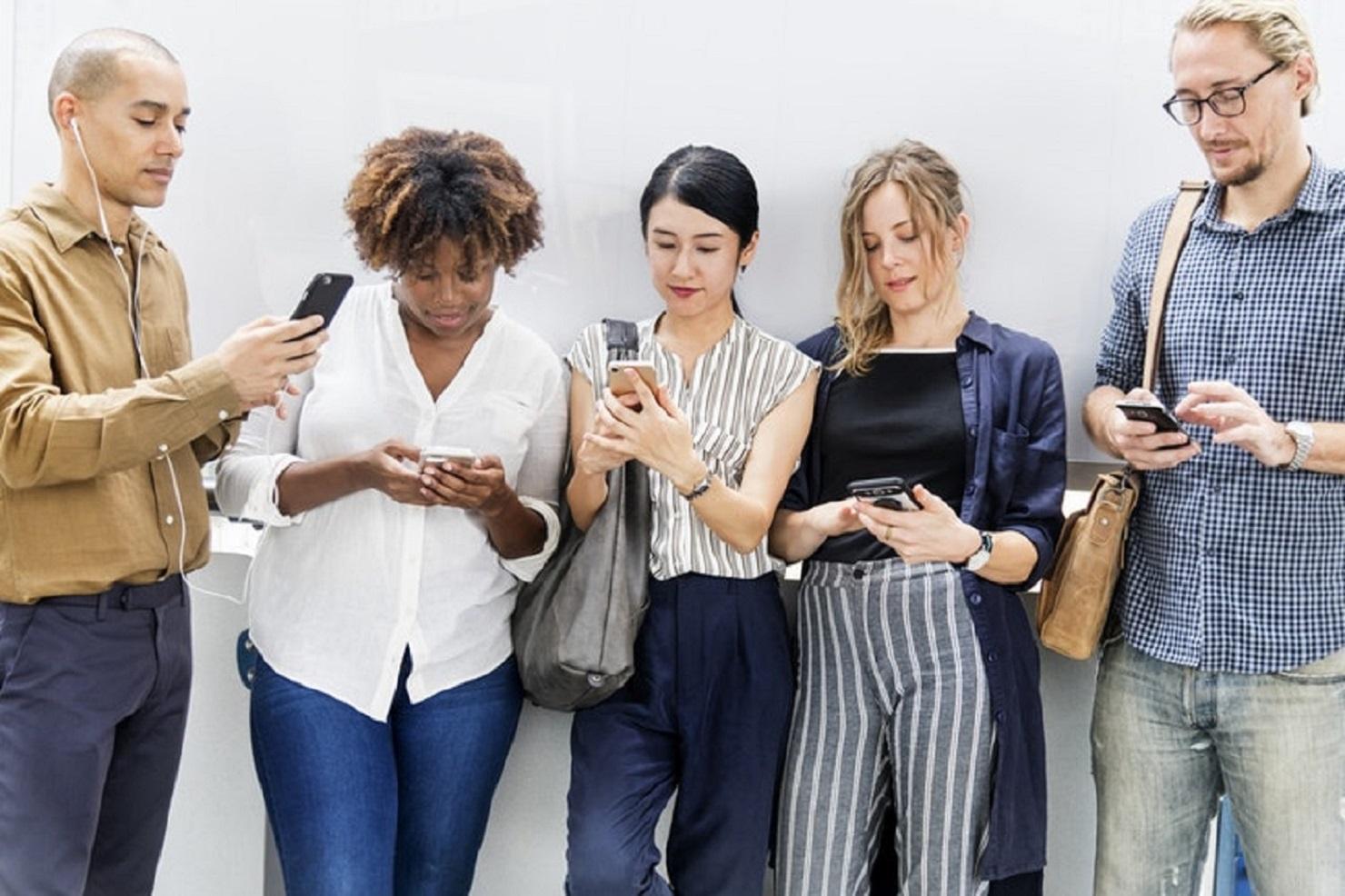 promocionar publicaciones digitales mediante redes sociales